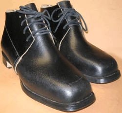 Men's, Issue Type Brogans (Shoes) in Black, by Robert Land